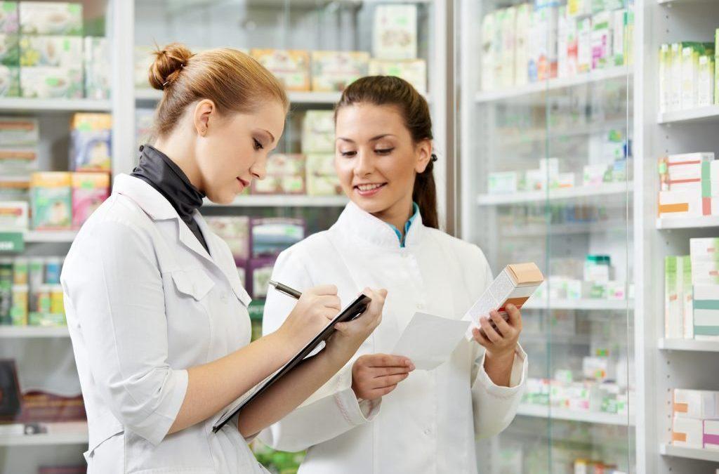 Farmaiuto e la farmacia: attività e servizi
