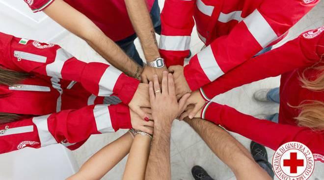 Covid-19, Federfarma Lombardia e Croce Rossa riattivano consegna dei farmaci a domicilio